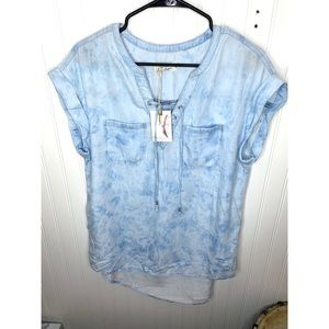 Jessica Simpson Blue and White Tie Dye Top
